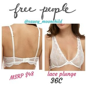36C NWOT free people // ivory lace plunge bra